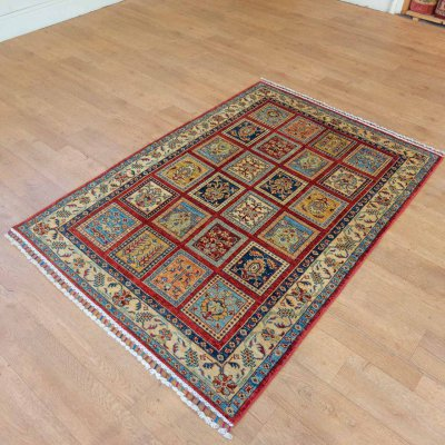 Hand Knotted Bahktiar Rug From Iran (Persian)
