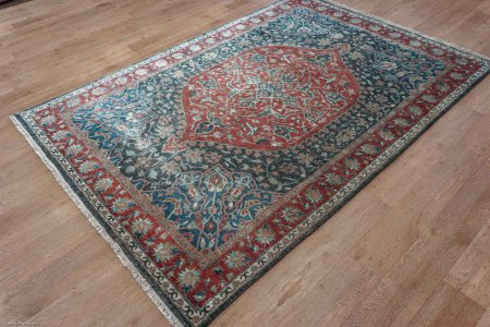 Hand-Knotted Agra Oushak Rug From India