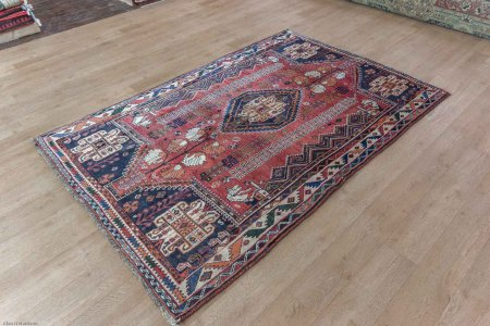 Hand-Knotted Qashgai Rug From Iran (Persian)