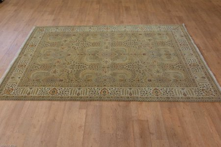 Hand-Knotted Agra Rug From India