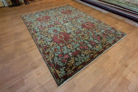 Hand-Knotted Arts & Crafts Rug From India