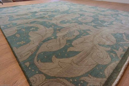 Hand Knotted Arts & Crafts Rug From India